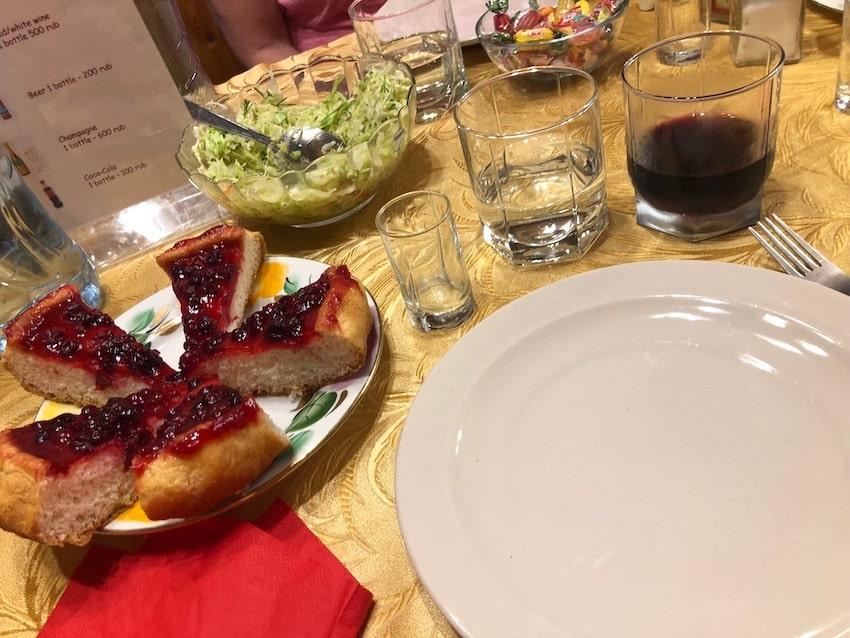 Dinnen in a Datsja, Russia
