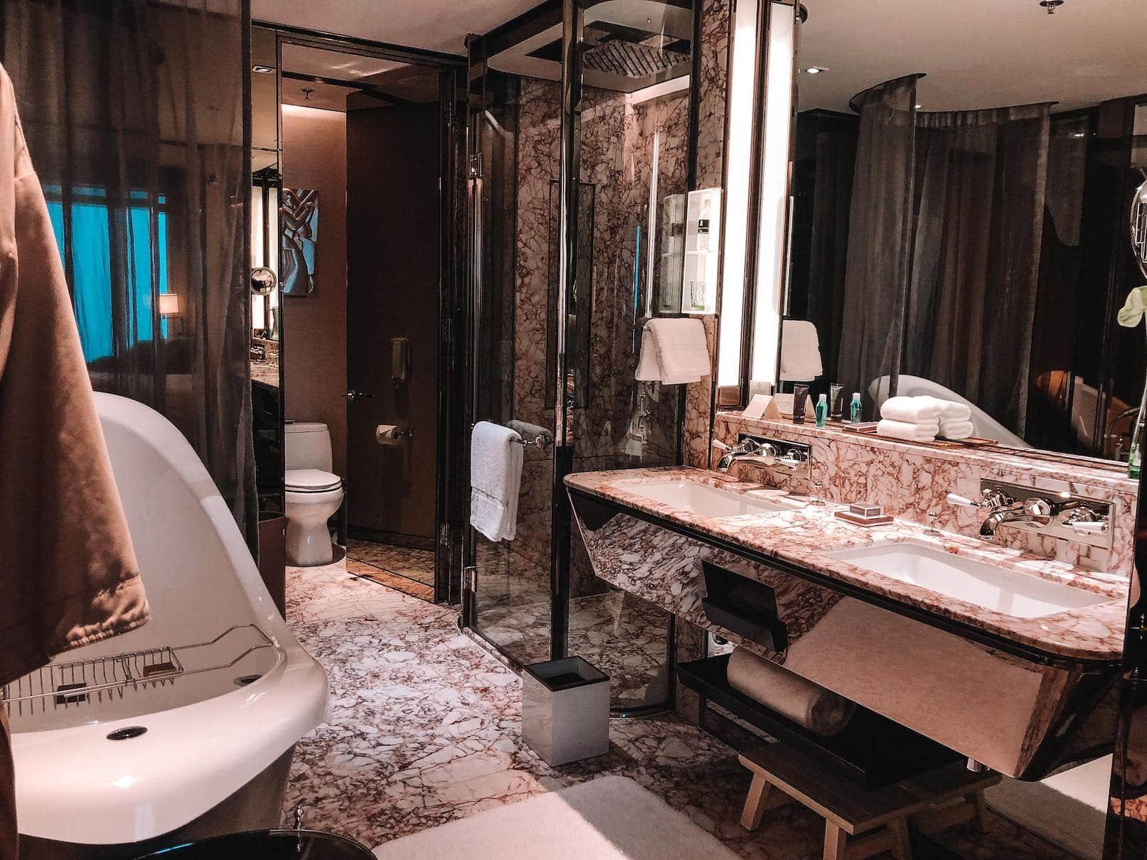 The Ritz-Carlton Shanghai, 5-stjernes hotell