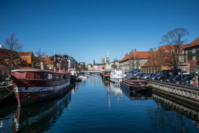 frederiksholms-kanal-koebenhavn