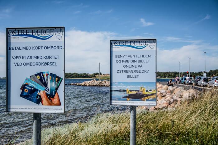 oroe-faergen-hammer-bakke-havn
