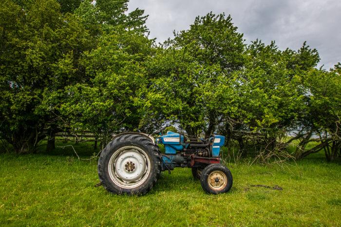 enehoeje-traktor