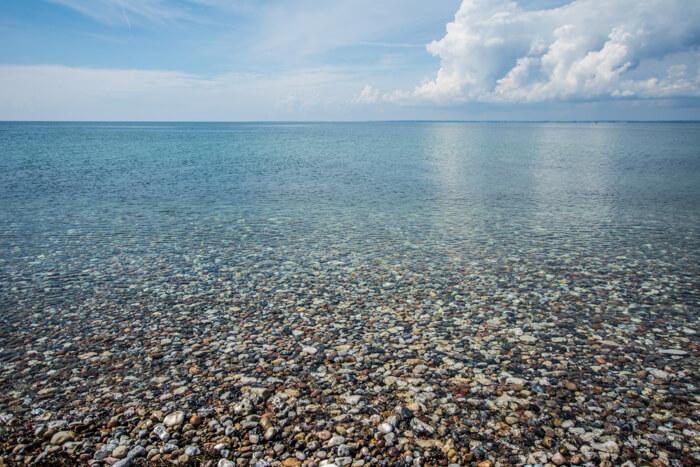 tunoe-klart-vand-kyst