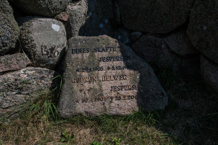 gravsten-hirsholmene-troldepus