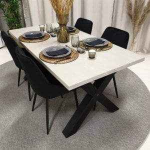 Rektangulärt matbord med kryssben, pärlgrå bets, 160x83 cm.