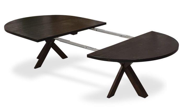 Runt bord, 2 iläggsskivor, tjära dubbelbets. 150 cm.