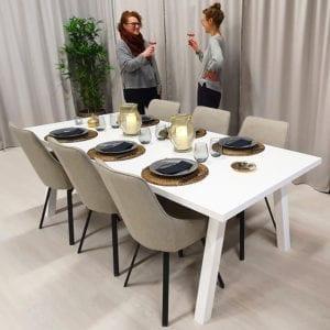 Rektangulärt matbord med raka ben, vit färg, 220x100 cm.