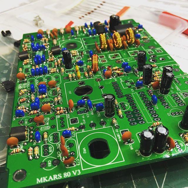 Getting there... #mkars80 #kit #qrp #hfradio #shortwave #sa6bwx #hamradio #hamradiouk #radiokits