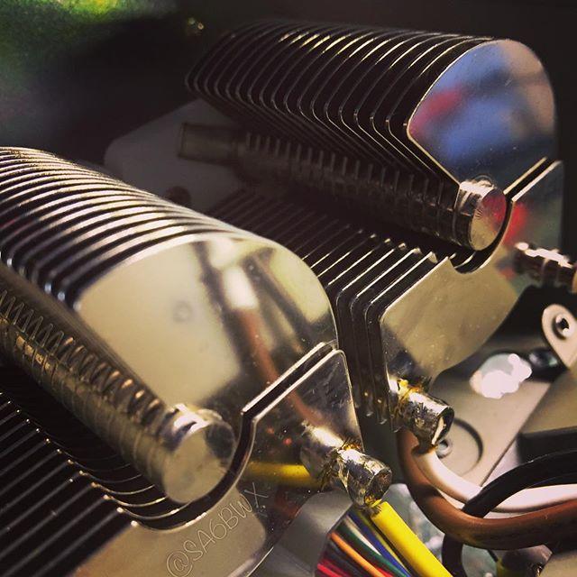 Antenna tuner #kenwood #ts850 #tuner #capacitor #shiny #butterflycapacitor #atu #sa6bwx #hamradio #hamradiouk #electronics