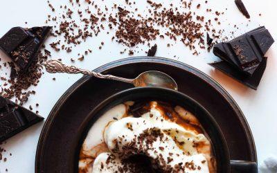 Kakao med kremtopp og en klype havsalt