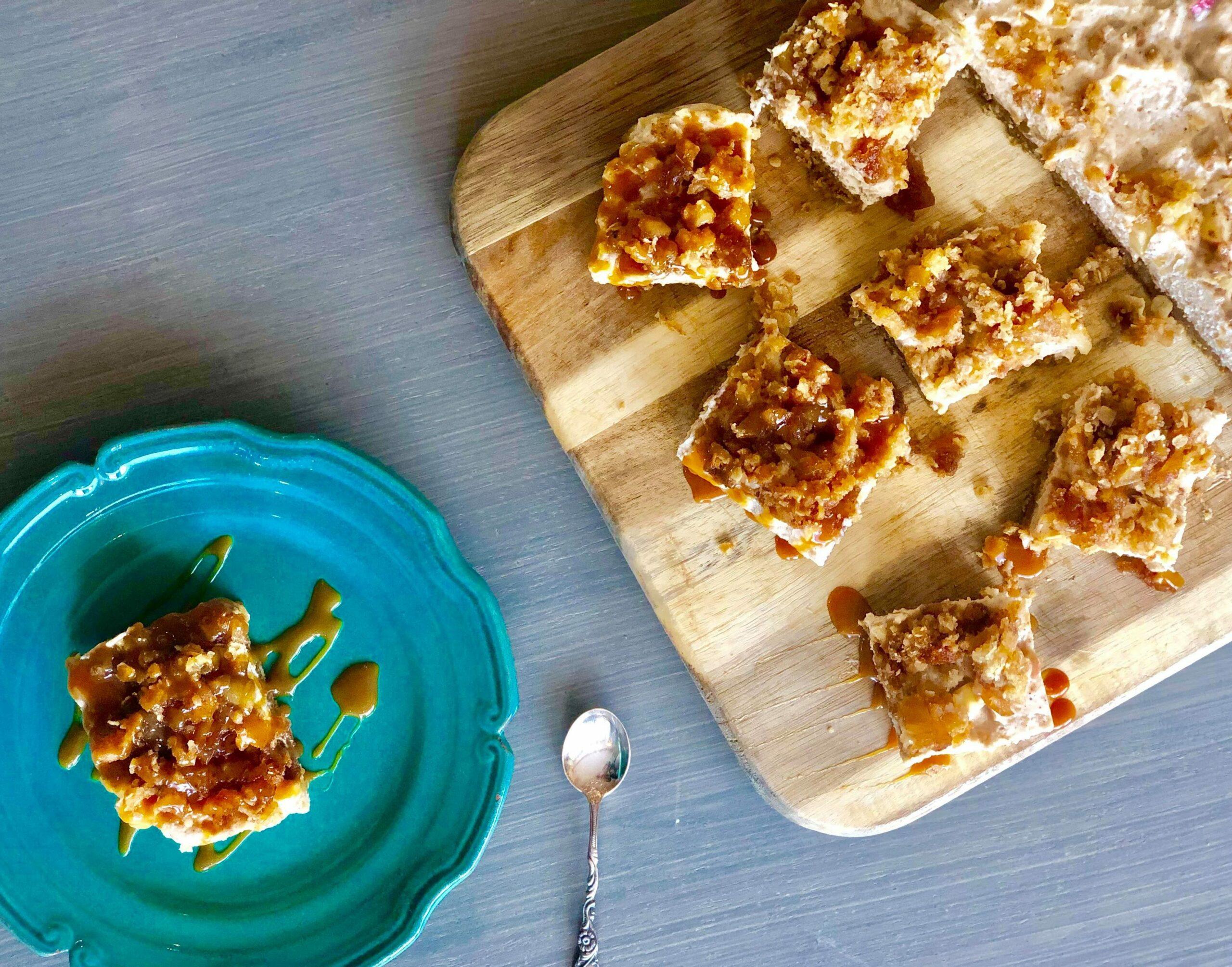 Ostekake med eplecrunch