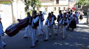 En tjekkisk gruppe med stort orkester