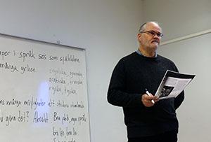 Joachim Främberg takes a Swedish lesson at Hovsjö