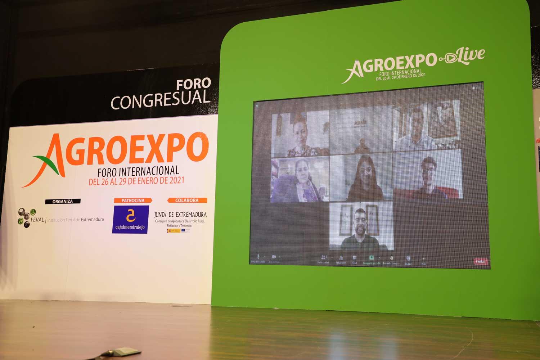 Agroexpo premia a los mejores expedientes académicos extremeños del sector agrícola