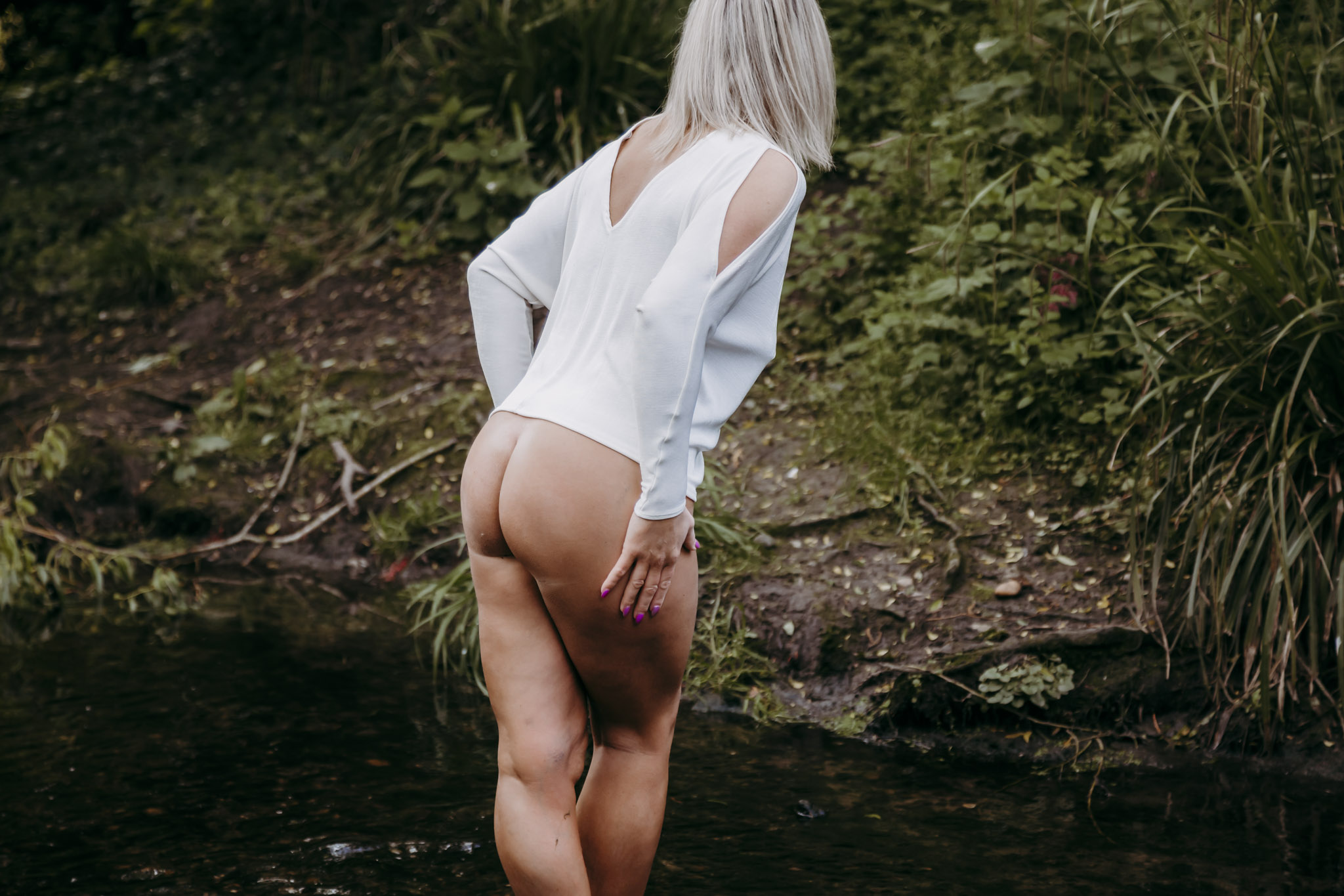 leicestershire-outdoor-boudoir-photography