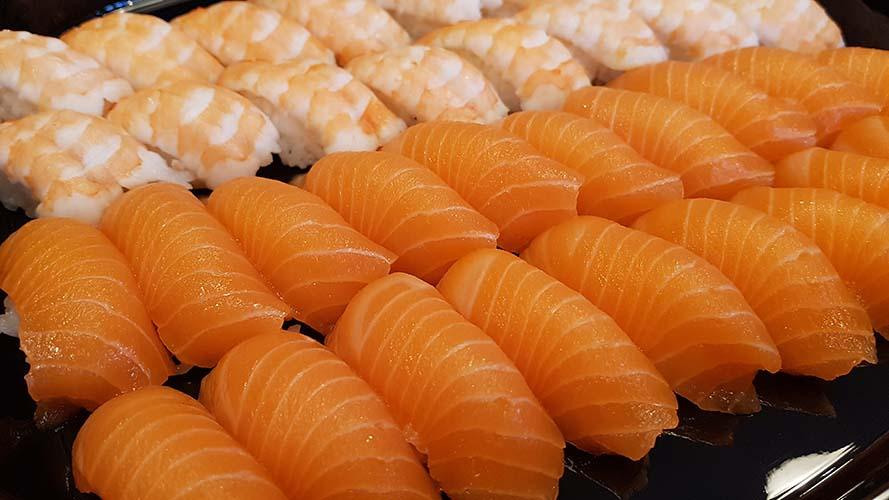 Catering laxsushi, salmon sushi