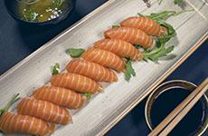 Nigiri lax salmon
