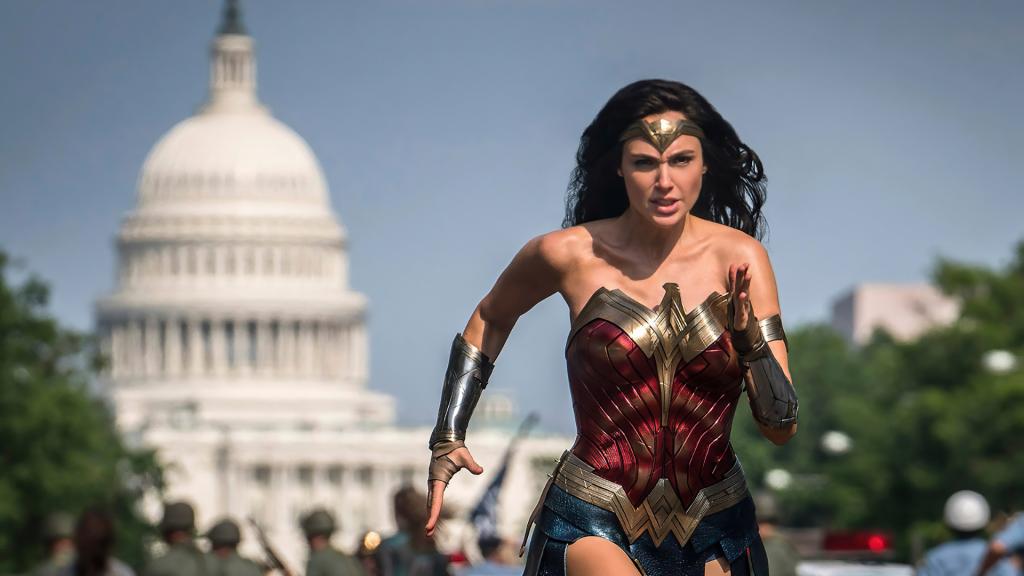 Critique «Wonder Woman 1984» (2020): Un pari risqué! - ScreenTune