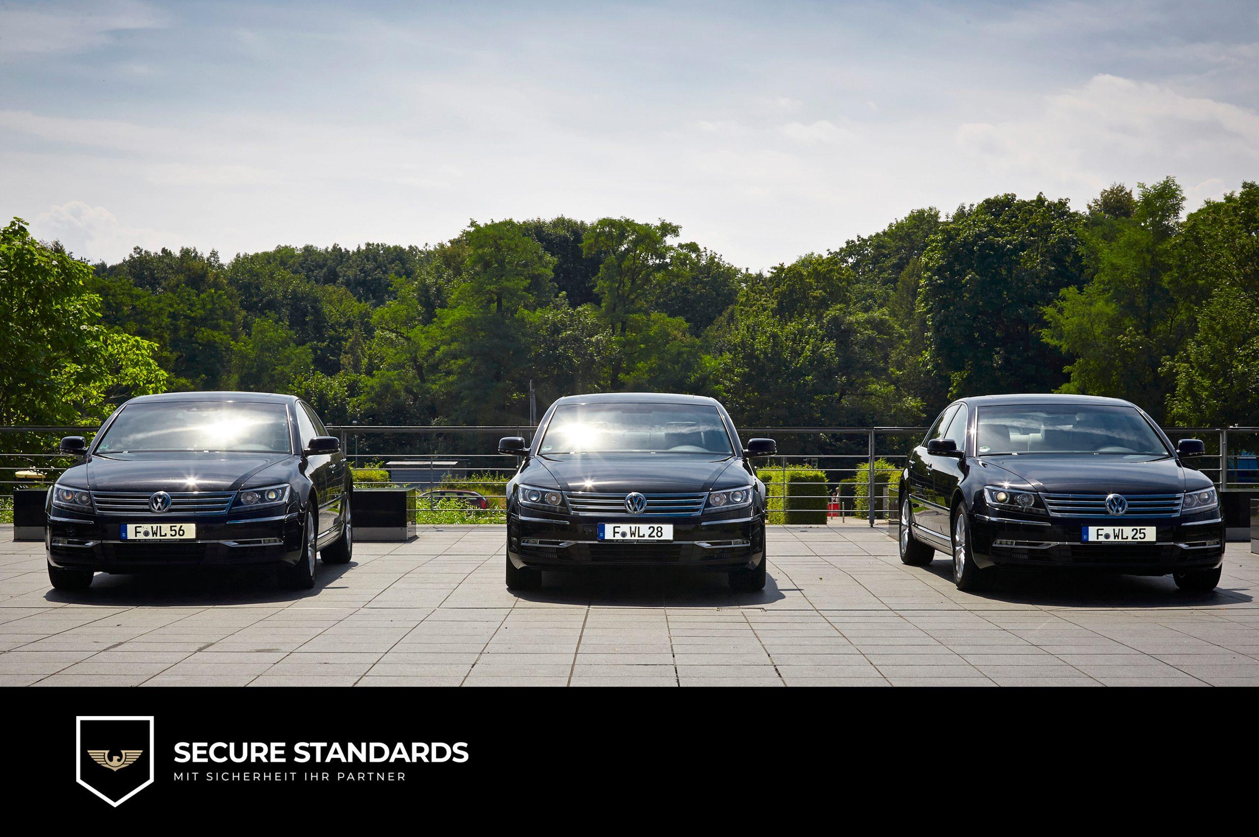 Limousinenservice Fuhrpark mit 3 Limousinen