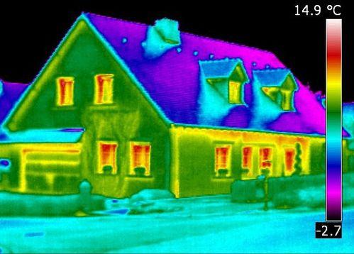 30% des pertes de chaleur s'échappe par la toiture.