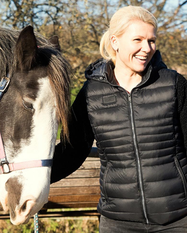 Stephanie Gotthardt mit Pferd