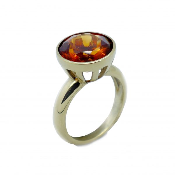 Serena Fox jewellery- Duomo Ring in 18ct Yellow gold and Faceted Citirine Square
