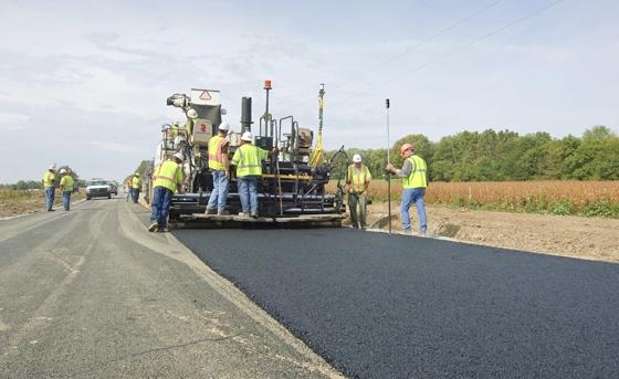 pcs900_asphalt-paver
