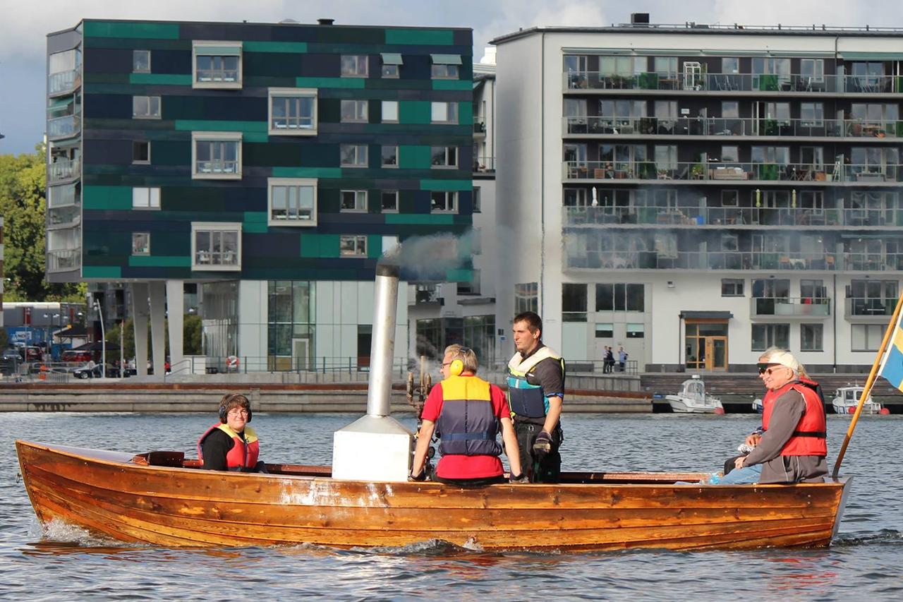 Ångbåt i Hammarby sjö