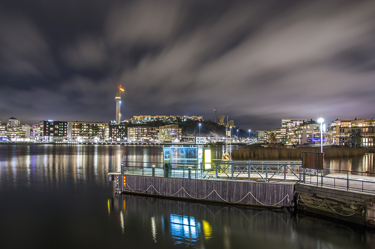 Lumabryggan i Hammarby sjö