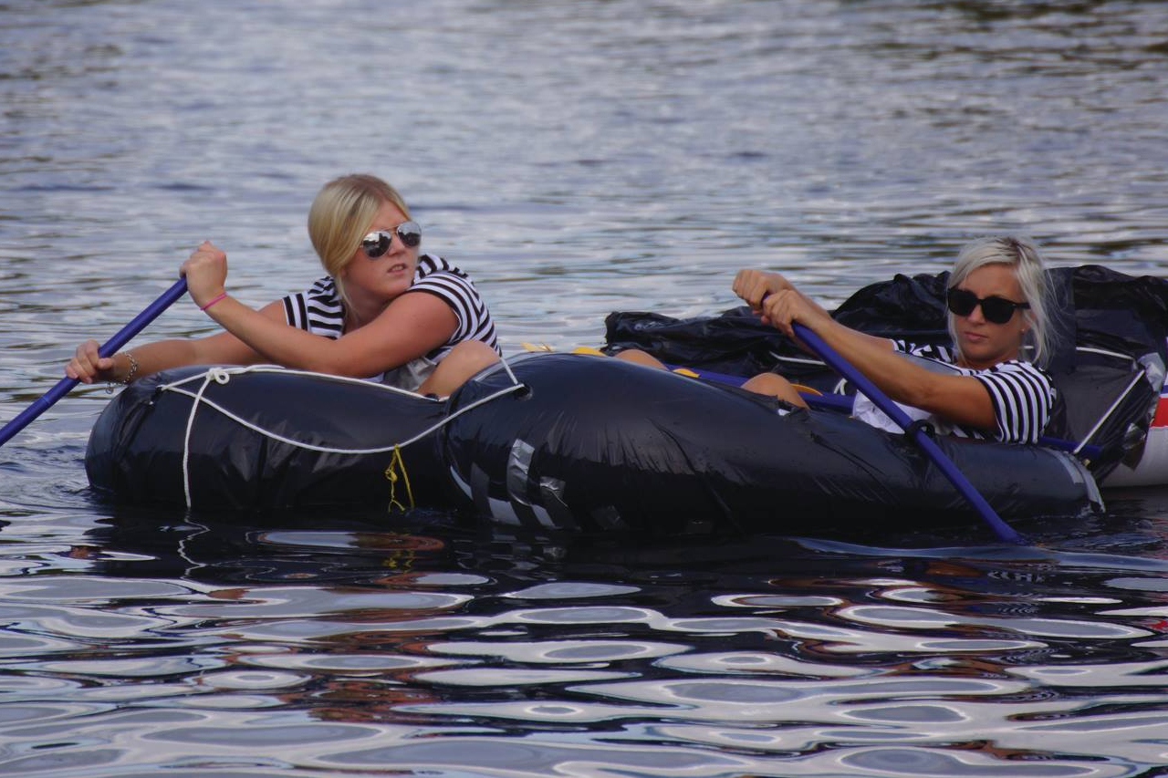 Paddling gummibåt Hammarby sjö