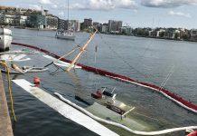 Båt sjunker i hammarby Sjöstad