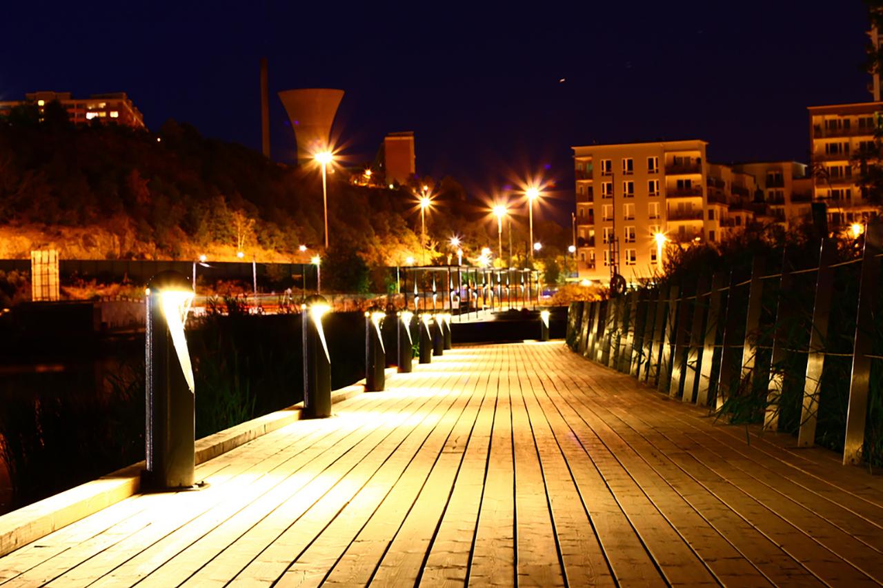 träbryggan vid Sickla Udde i hammarby Sjöstad