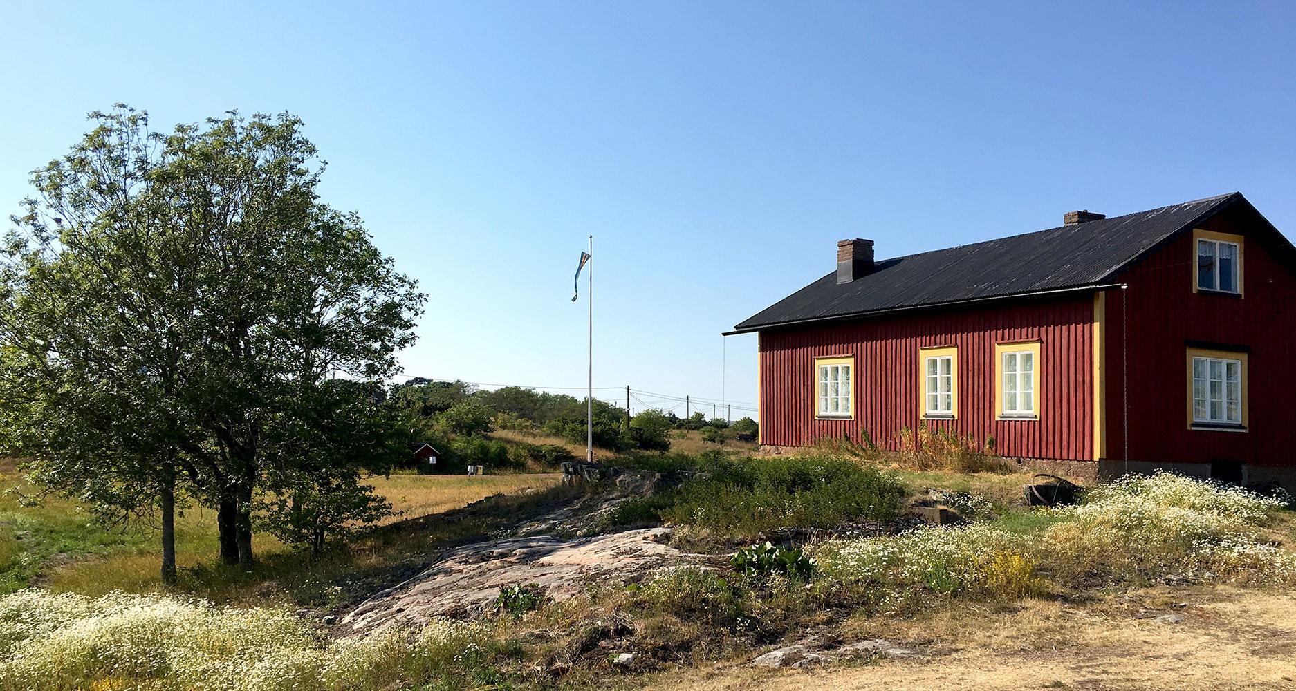 Cottage_summer