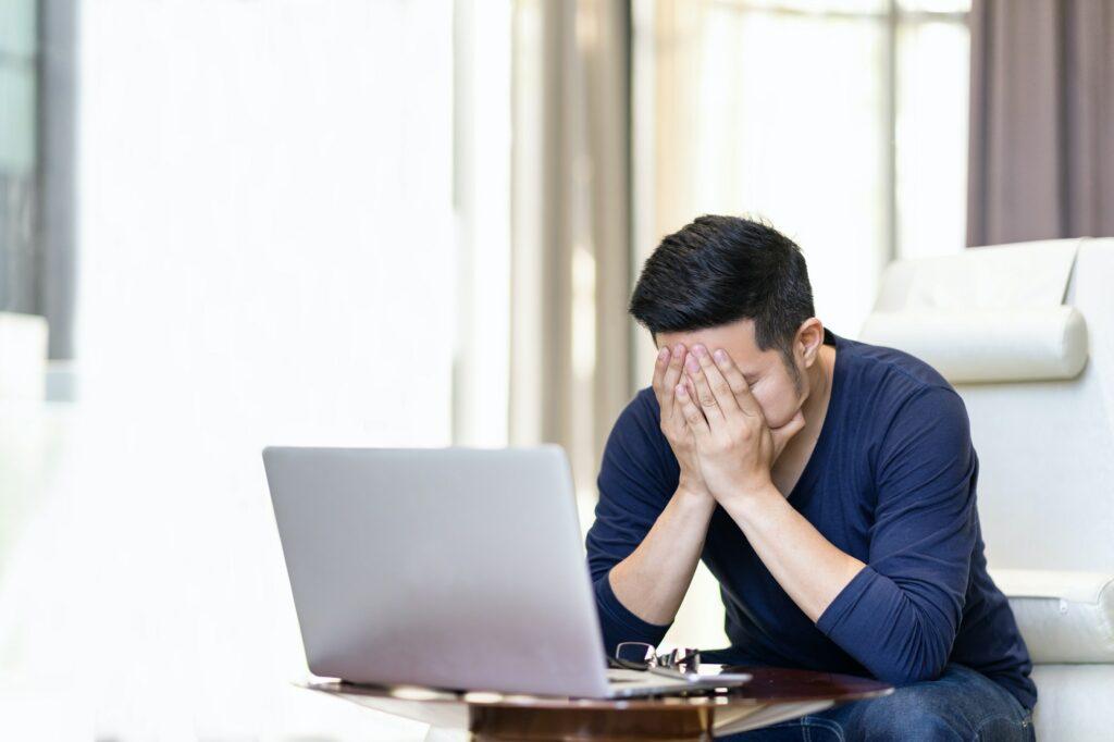 Skift i studiet kan lede til stress, læs vores 3 tips til et bedre studieliv med mindre stress
