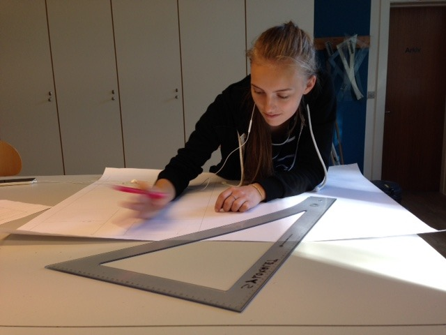 Elev tilskærer i Tøj, Trends & Tilskæring
