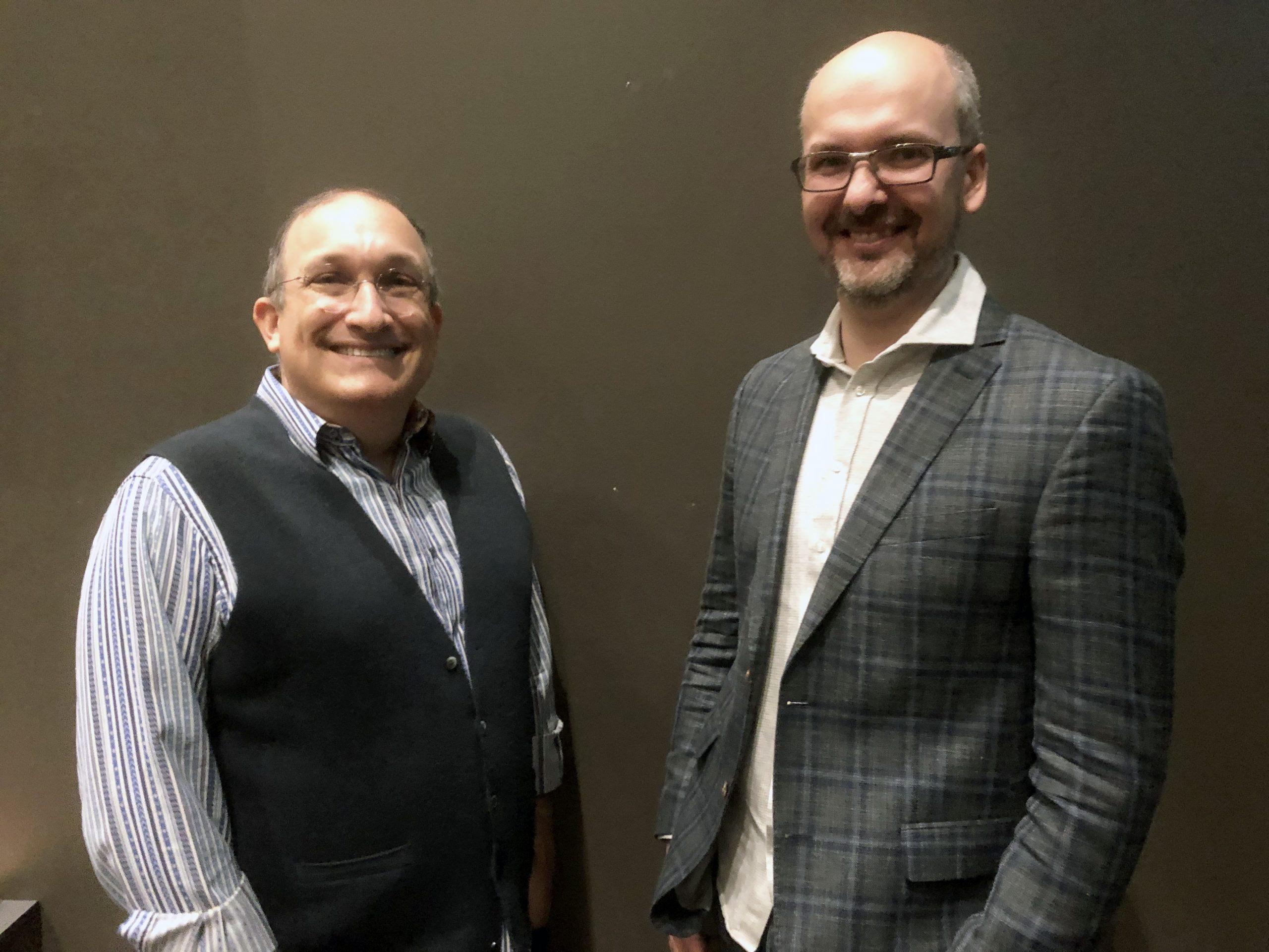 Martin Aasen Wright intervjuer Scott Yaruss om livet med stamming for Norsk interesseforening for stamming og løpsk tale (NIFS)