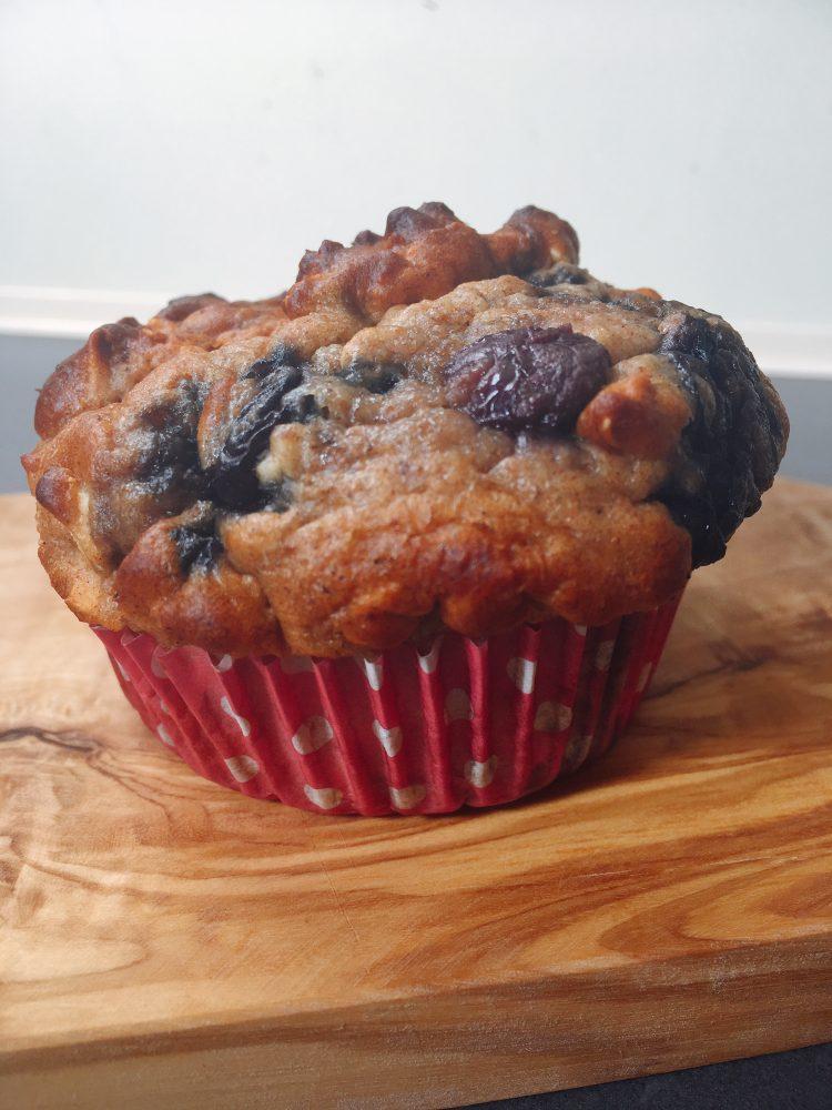 blauwe bes banaan yoghurt muffin