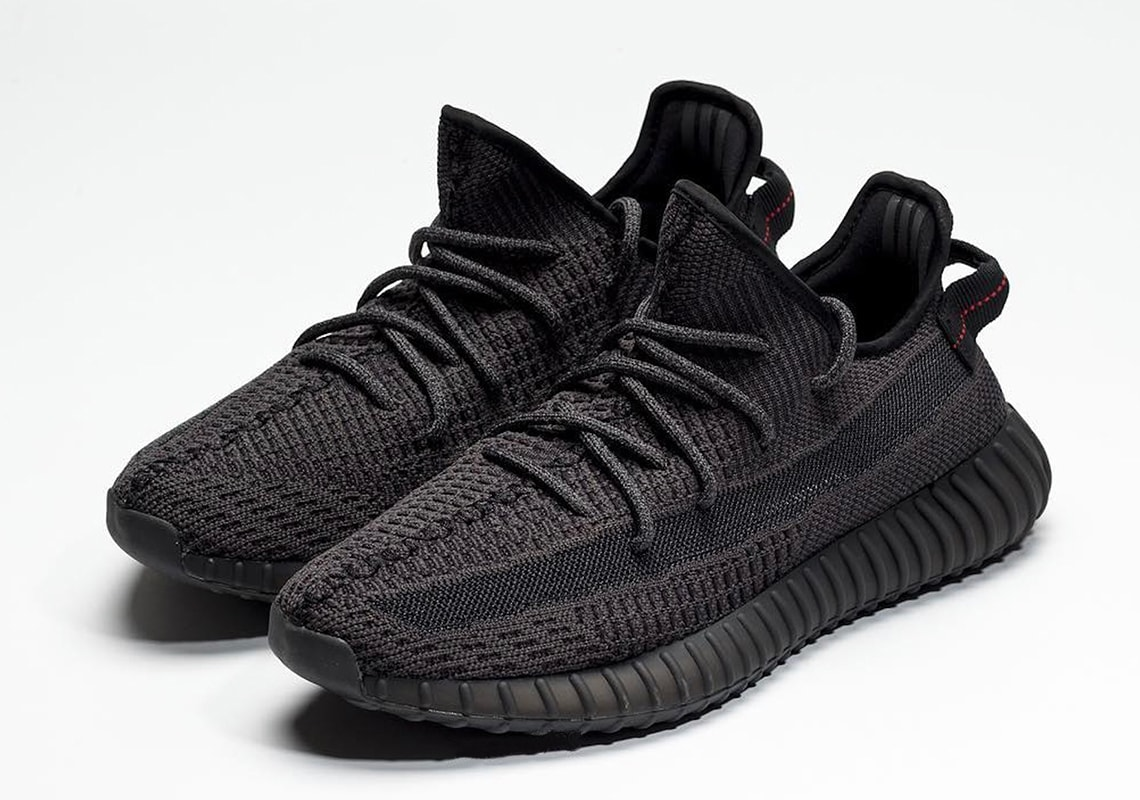 Yeezy Boost 350 V2 Black | Store and