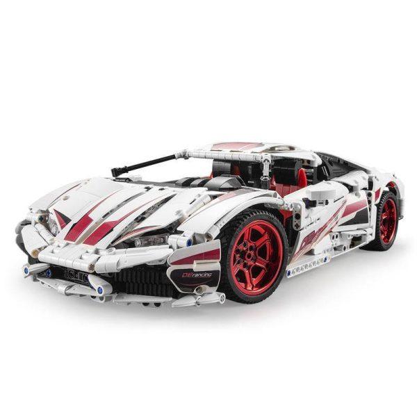 CaDA 61018W, 610 Super car