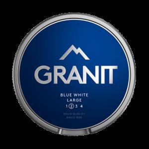 Om produkten Granit Blue White Portion Large Ännu ett snus i den populära Granitserien. Granit Blue White innehåller normalstora, vita portioner med 10 mg nikotin per gram. Enkelt och klassiskt! Snusets smak av lavendel går inte att ta miste på, citrustonerna från bergamott är tydliga och kryddigheten från enbär balanserar snuset perfekt. Fakta om produkten Varumärke Granit Produkttyp White portion Styrka Normal Nikotinhalt 10 mg/g Innehåll/förpackning (gram) 17,6 Snustyp Vit Portion Format Normal Producent BAT nyköping snushandel snusbutiken billigt snus på nätet