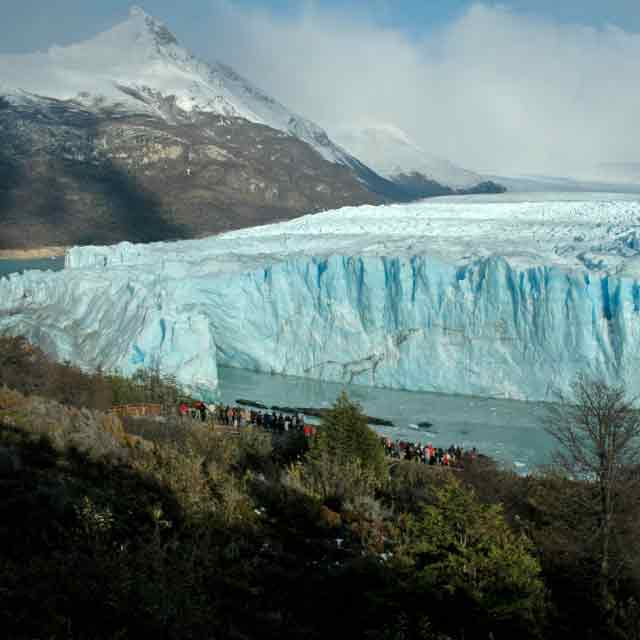 https://usercontent.one/wp/www.southtravelers.com/wp-content/uploads/2020/09/Argentina-Glaciar.jpg