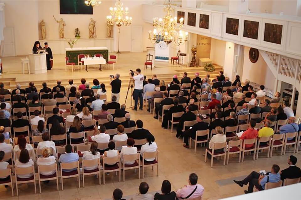 Ein halbes Jahrhundert der Diözese von Düsseldorf und Deutschland