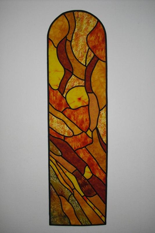 Kirke vindue syet af Lotte Watson