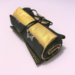 Julebundt patchwork stof sort guld 2