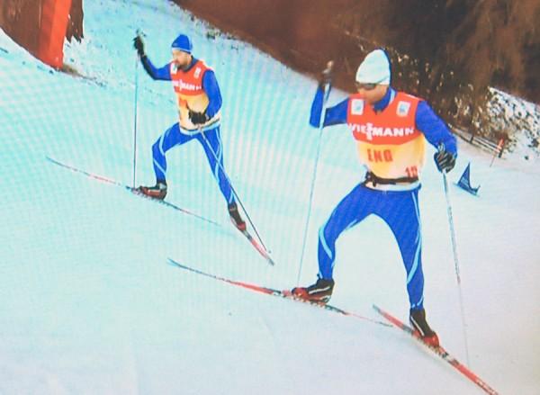 Thomas Alsgaard duellerer med NRK-kommentator Jann Post i monsterbakken under årets Tour de Ski. Til neste år får nok Thomas adskillig tøffere konkurranse...