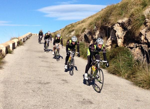 Her er Team Valdres-Merida på treningstur på Mallorca. Foto: Frank Mo