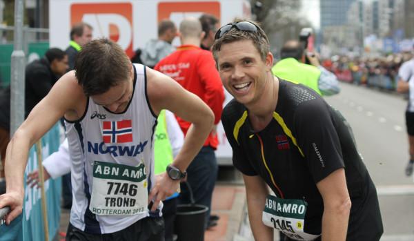 """""""Radarparet"""" Trond Hansen og Espen Ringom har hatt imponerende fremganger de siste årene. Begge løp på under 3 timer, men fikk det tungt underveis. Foto: Silja Svanstrøm Amundsen, fra bloggen til Espen."""