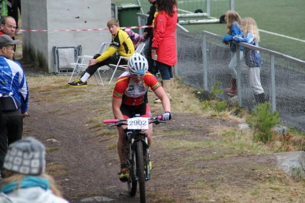Elisabeth Sveum var godt fornøyd med 3.plass og fremgang fra første ritt.Foto: Lena Øverbye