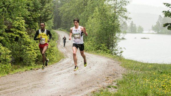 Nordmarka Halvmaraton 2013_Brox-Dadafo_arr-bilde