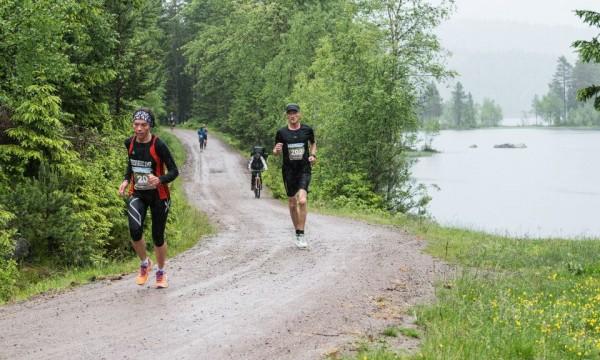 Nordmarka Halvmaraton 2013_Marianne-Følling_MonaT-Lundemo