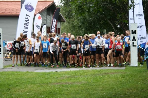 Klar til start i hovedløpet over 10,5 km. Foto: Fra SK Kraft sin blogg.